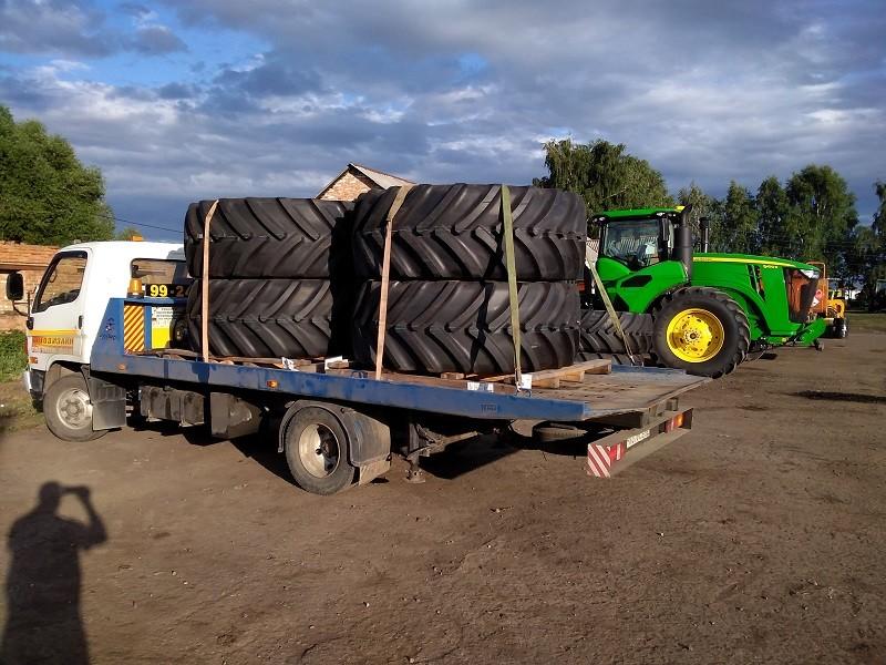 Перевозка колес для трактора